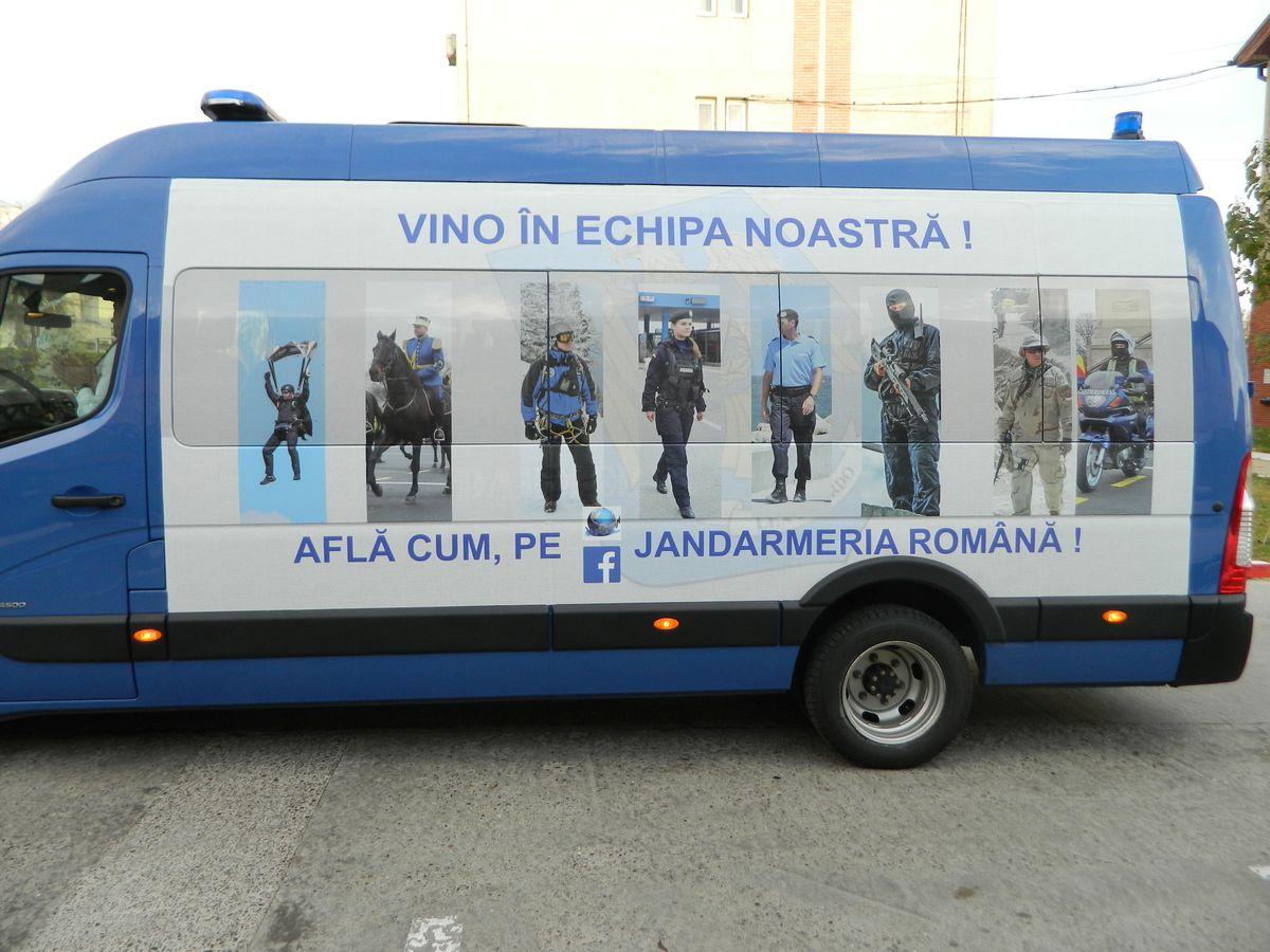 Caravana Jandarmeriei recrutari candidati